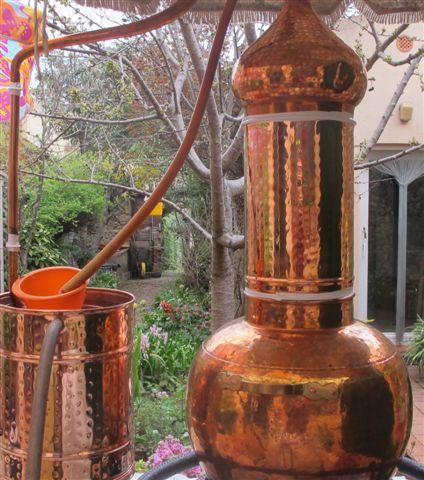 MAIG 2019 Taller de  destil.lació d'aiguardent i licors
